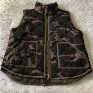 Women's J Crew Camo Vest Medium GUC